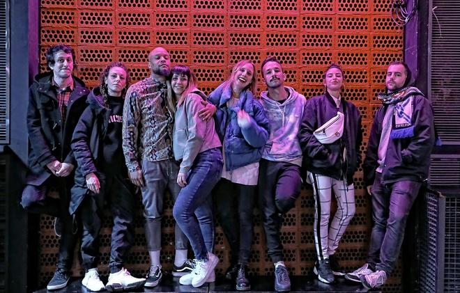 El Bloque lo hacen   Quique Ramos, Alba Rupérez, Daniel Madjody, Alicia Álvarez, Aïda Camprubí, David Camarero, Blanca Martínez y Aleix Mateu.
