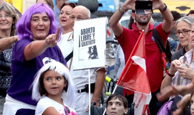 Manifestación con motivo del día de acción global por la...