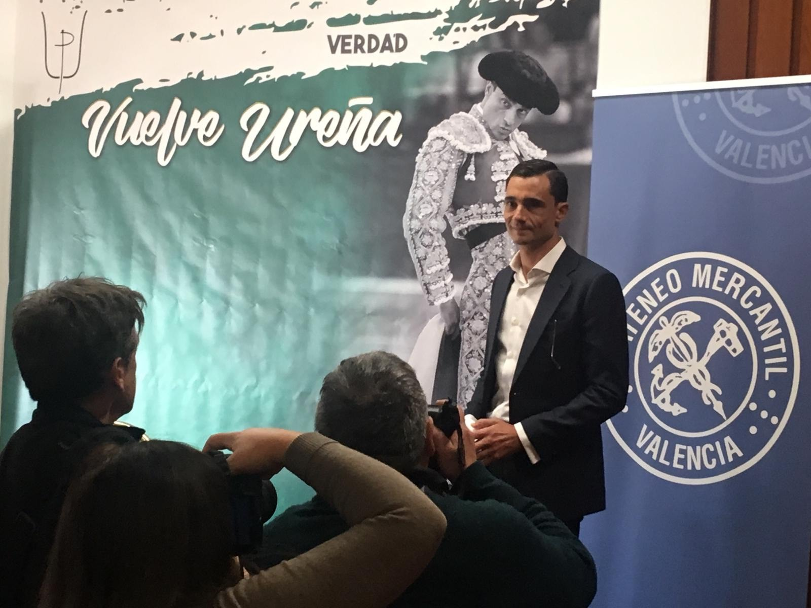 Paco Ureña en el Ateneo en Valencia