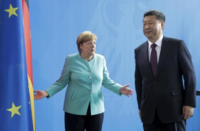 La canciller alemana, Angela Merkel, y el presidente chino, Xi Jinping, durante su última cumbre en Berlín.
