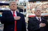 Donald Trump, junto al ex secretario de Defensa Jim Mattis.