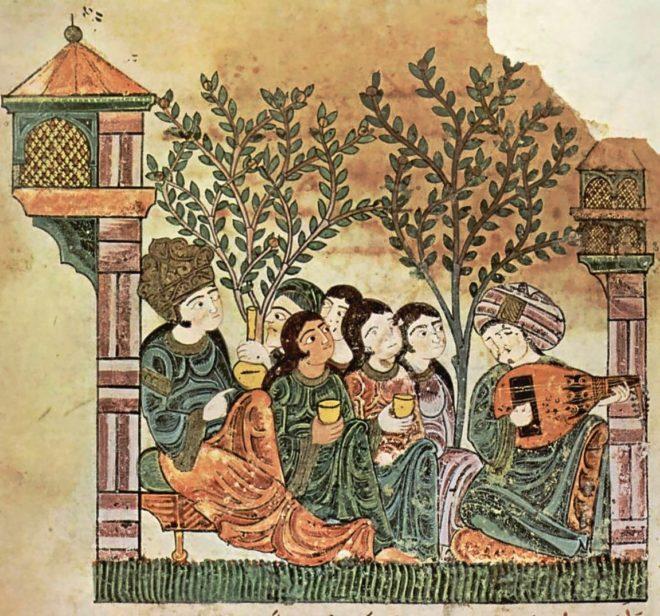 Un hombre toca el laúd frente a las esclavas cantoras, mientras que la anciana al fondo sostiene el vino