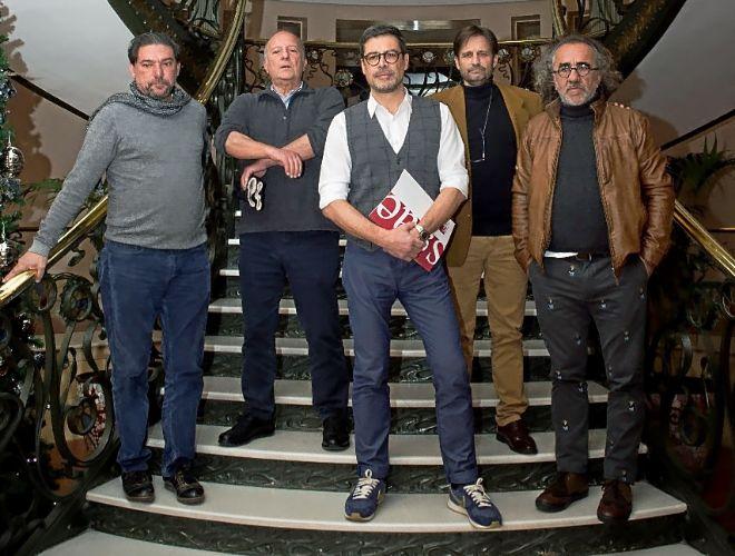 El consejo de dirección de SGAE. De izqda. a dcha: Antonio Onetti, Fermín Cabal, Hevia (presidente), Clifton J. Williams y Teo Cardalda.