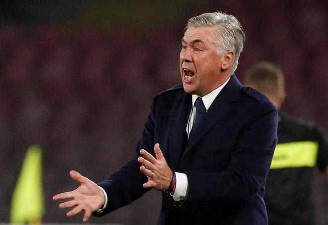 Carlo Ancelotti, en un partido anterior del Nápoles.