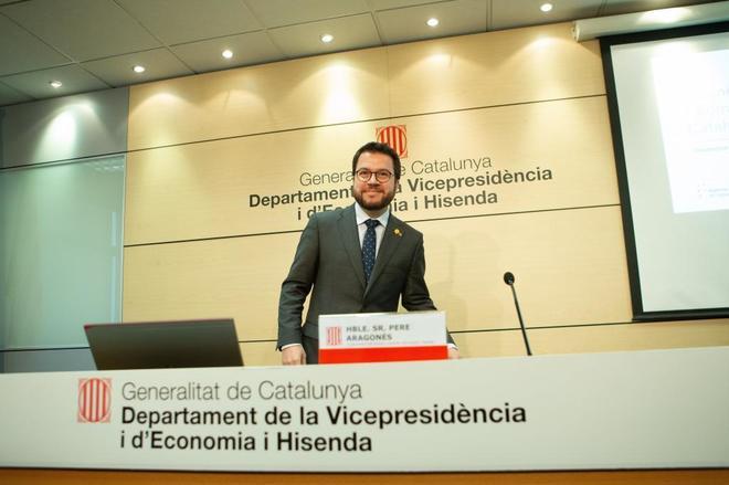 El vicepresidente y conseller de Economia de la Generalitat, Pere Aragonès, a su llegada a la rueda de prensa.