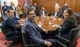 Los equipos negociadores de Partido Popular y Ciudadanos, encabezados...
