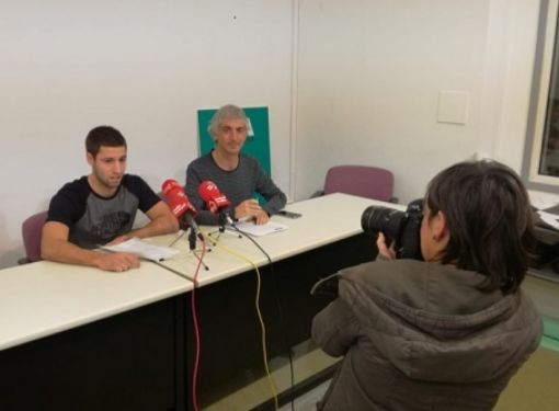 Los representantes de ELA en la rueda de prensa.