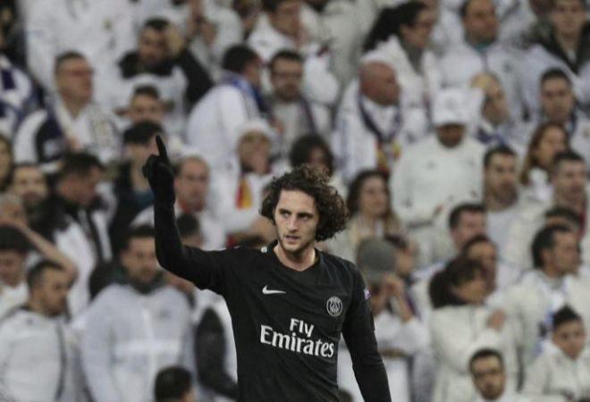 Adrien Rabiot celebra un gol en el Santiago Bernabéu con el PSG.