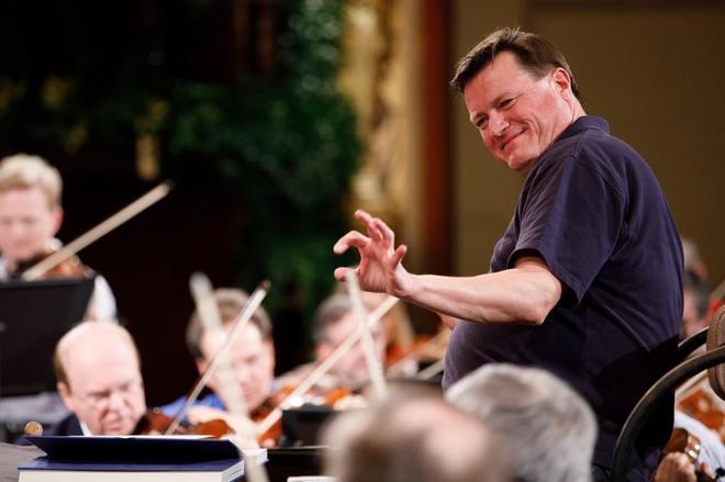 El director alemán Christian Thielemann dirige un ensayo de la Filarmónica de Viena, el pasado día 28
