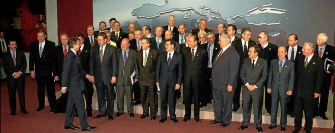 Foto de familia de los jefes de Estado y de Gobierno y ministros de...