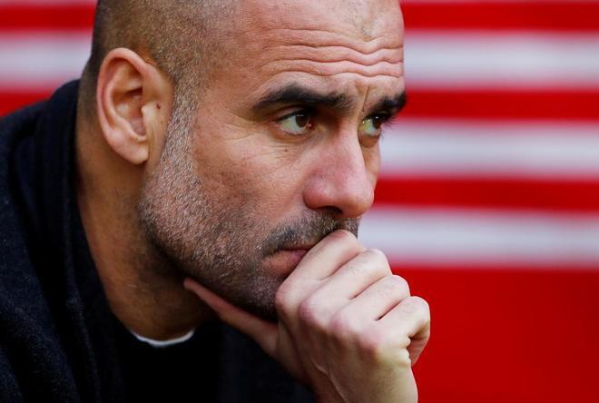 Guardiola, en el banquillo, durante el partido ante el Southampton.