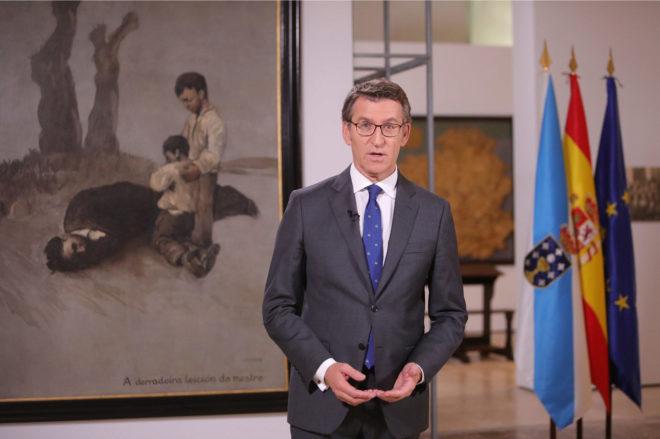 El presidente de la Xunta, Alberto Núñez Feijóo, durante su mensaje...