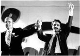 Manuel Fraga y José María Aznar, en 1989 tras el congreso en el que...