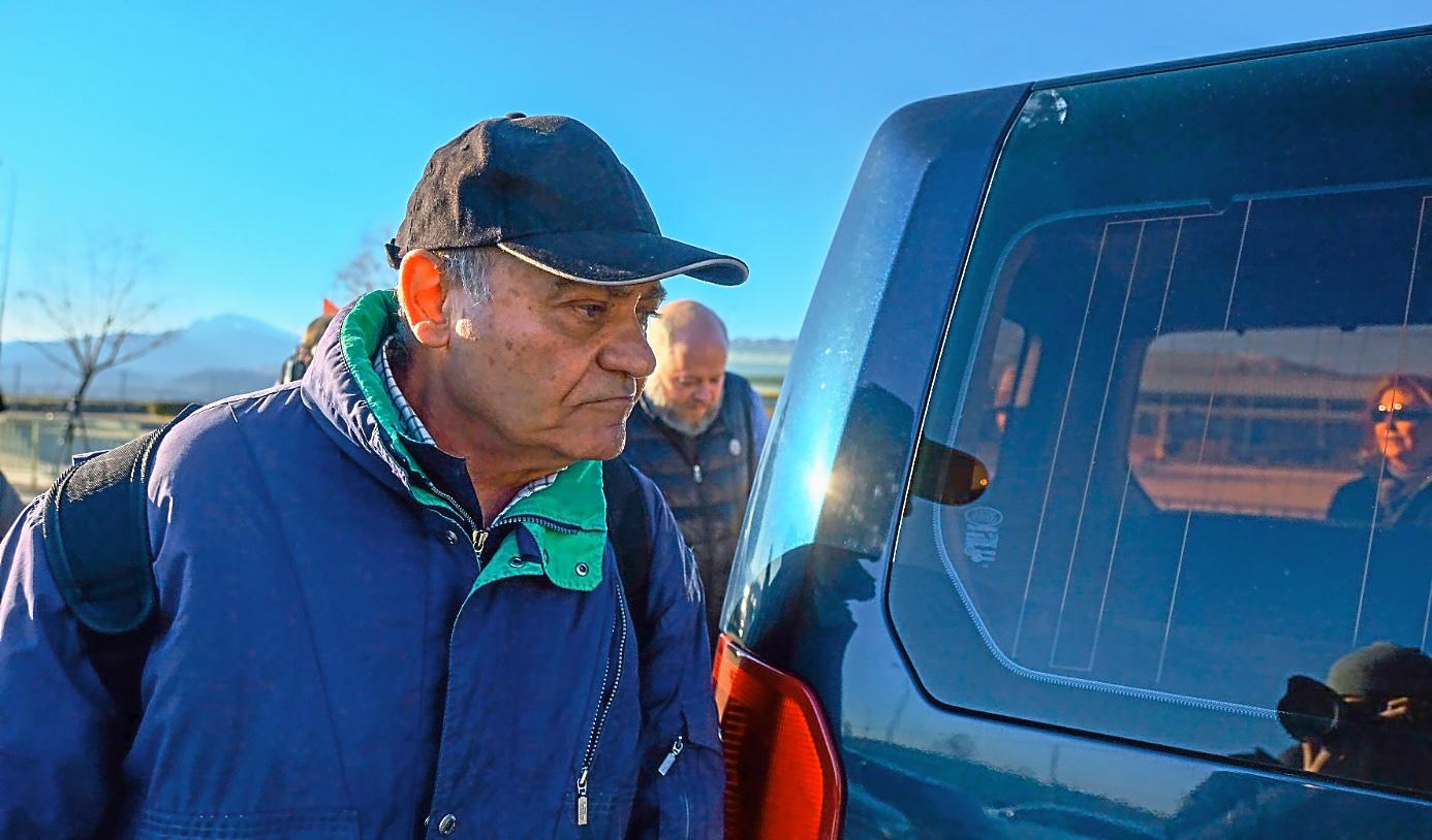 El ex presidente de la organización de la patronal CEOE, Gerardo Díaz Ferrán, saliendo de Soto del Real en febrero de 2018.