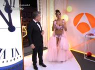 Alberto Chicote y Cristina Pedroche con su polémico vestido en las Campanadas 2019 de Antena 3