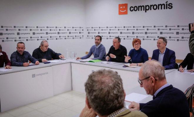 Reunión de Compromís, ayer, con representantes de las organizaciones agrarias.