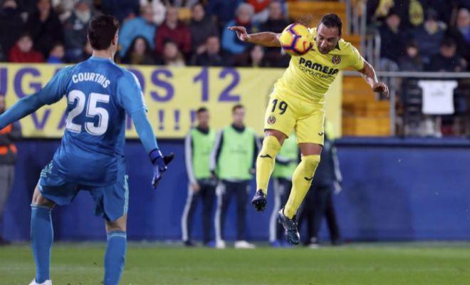 Cazorla cabecea ante Courtois el gol del definitivo 2-2 en La Cerámica.