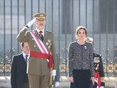 Los Reyes de España, Felipe VI y Doña Letizia, durante la Pascua...