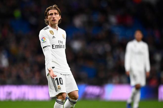 Modric gesticula durante el partido ante la Real Sociedad.