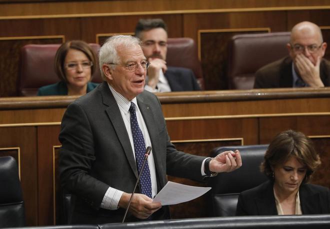El ministro de Asuntos Exteriores, Josep Borrell, en el Congreso