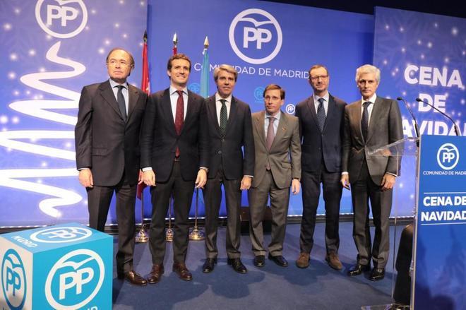 P. G.-Escudero, P. Casado, Á. Garrido, J. L. Martínez-Almeida, Javier Maroto y A. Suárez Illana.