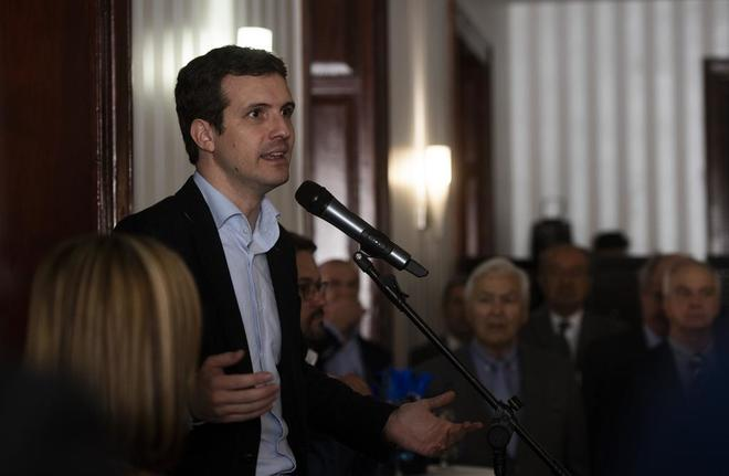 El líder del PP, Pablo Casado, durante una reunión con el Círculo...