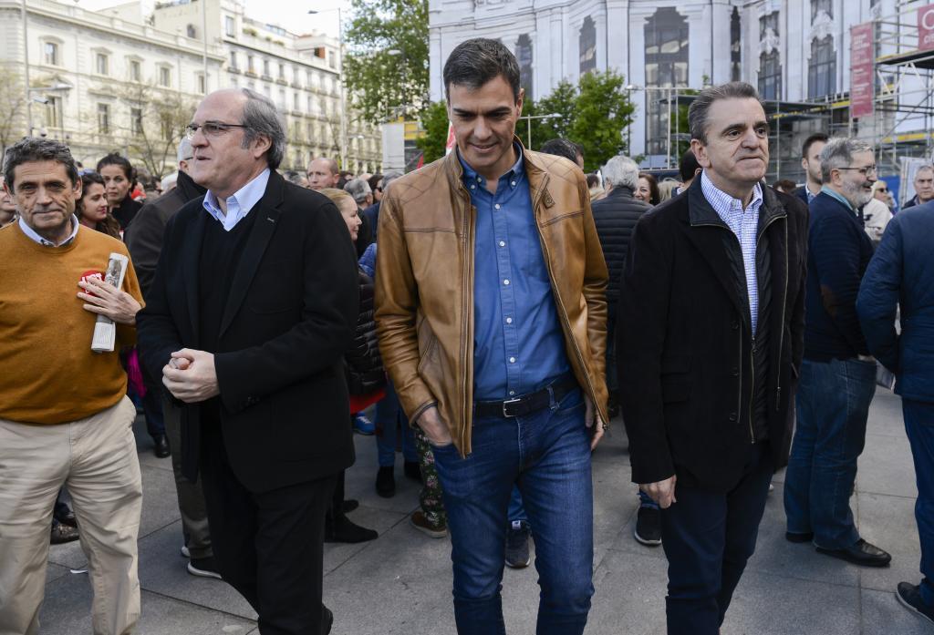 Ángel Gabilondo, Pedro Sánchez y José Manuel Franco, en un acto en mayo en Madrid.