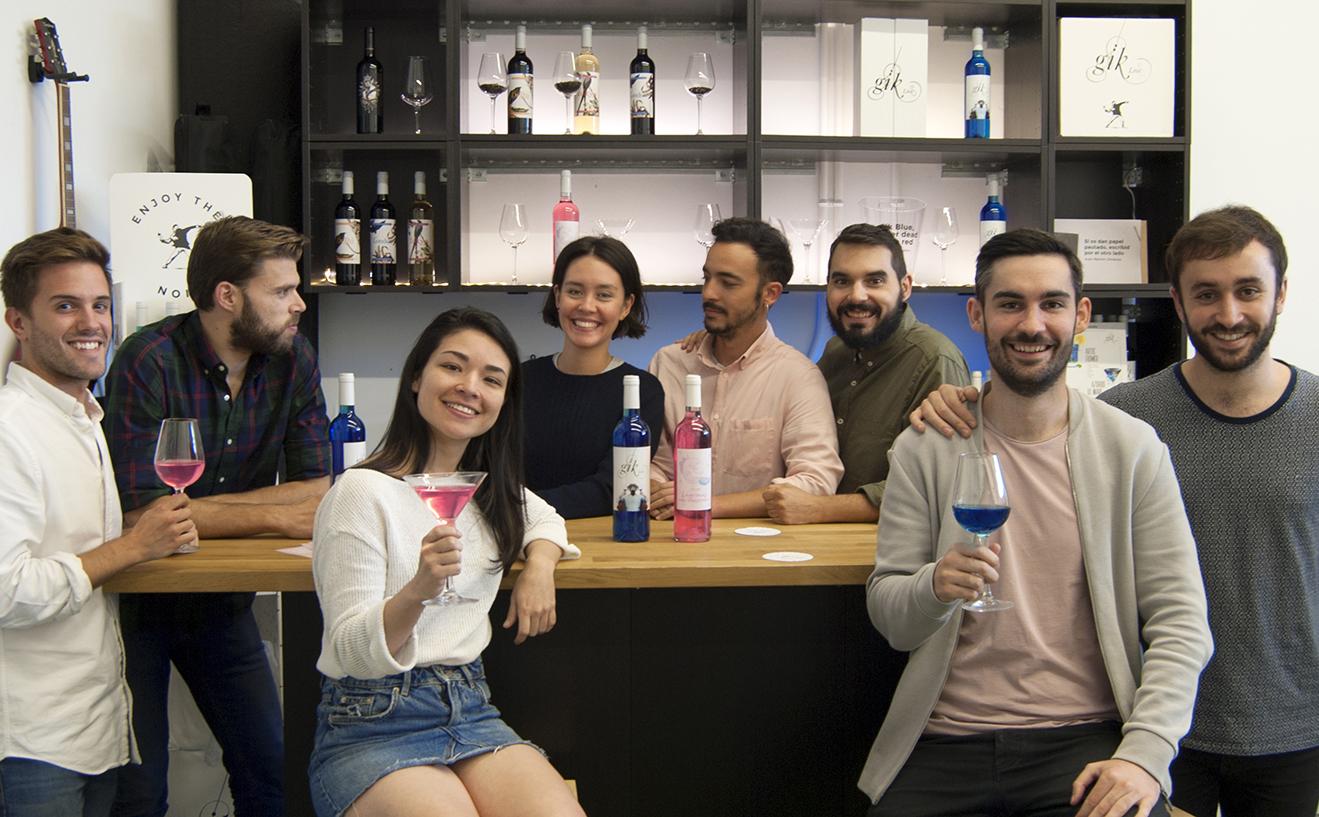 'Lágrimas de unicornio', un vino rosa que brilla para 'millennials'
