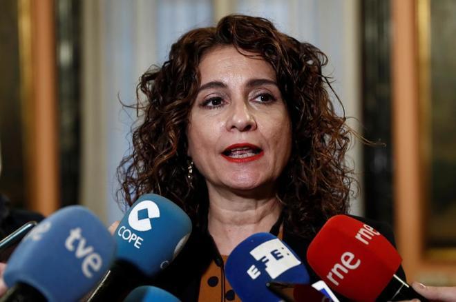 La ministra de Hacienda, María Jesús Montero, en la sede del...