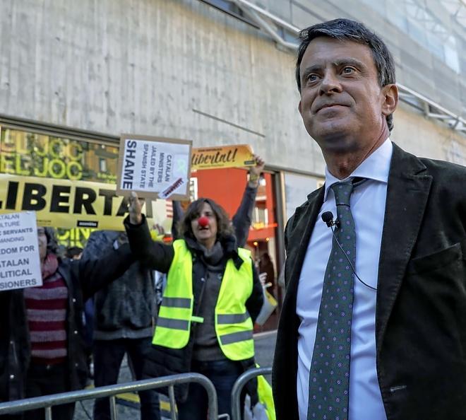 Manuel Valls, ante un boicot en un acto político
