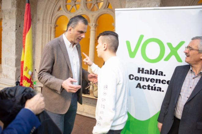Vox denuncia un intento de agresión a su secretario general, Javier Ortega Smith