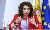 La ministra de Hacienda, María Jesús Montero, en rueda de prensa...