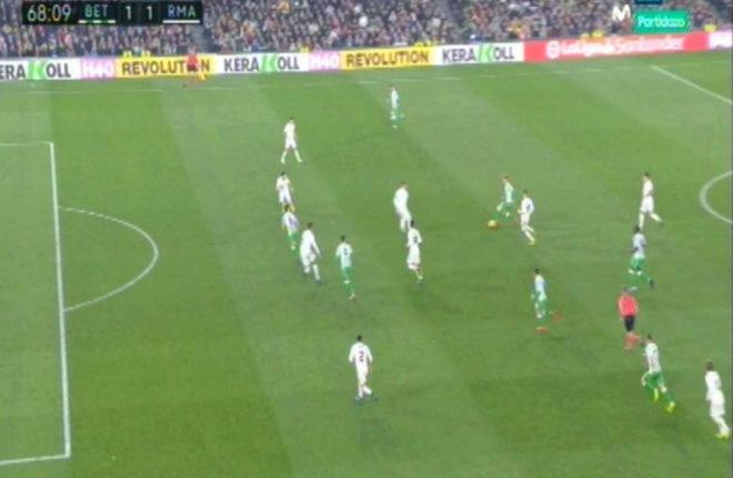 Otra polémica con el VAR: ¿había fuera de juego en el gol de Canales?