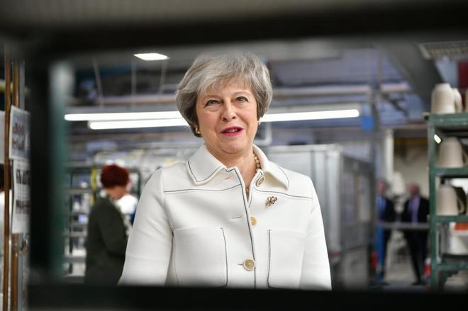 La 'premier' Theresa May en la fábrica de Portmeirion en Stoke-on-Trent.