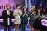 Pablo Motos, Clara Laro, Carmen Maura y Alexandra Jiménez junto a...