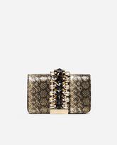 Una apuesta elegante y sofisticada que combina el estampado de la...