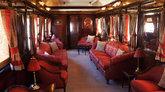 Uno de los trenes más lujosos de Europa recorre durante la mayor...