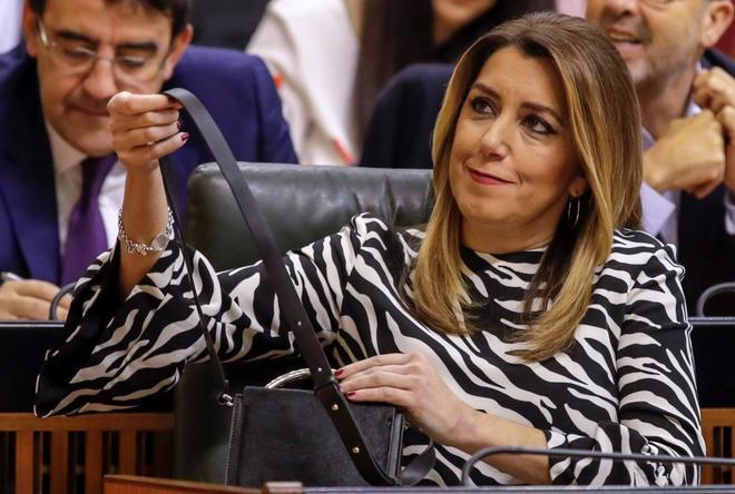 La líder del PSOE andaluz, Susana Díaz, en el Parlamento durante la...