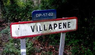 Cartel de bienvenida a Villapene, en Lugo.