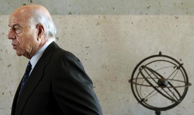 El ex presidente del BBVA, Francisco González, durante una entrevista...