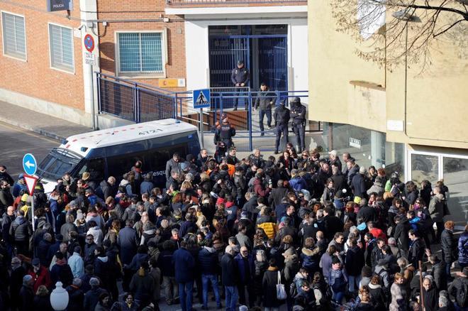 Concentración el miércoles ante la comisaría de la Policía Nacional en Girona