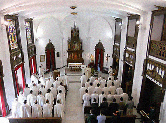 Calendario Curas Vaticano 2019.La Rebelion Silenciosa De Los 110 Curas Cronica