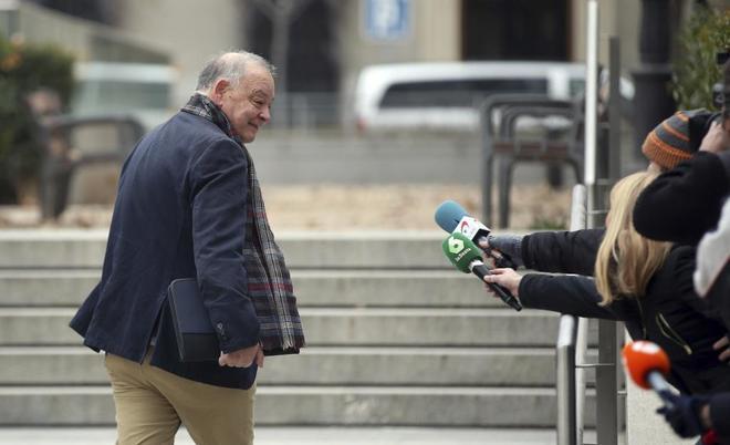 El ex jefe de la Policía Eugenio Pino, a su llegada a la Audiencia...