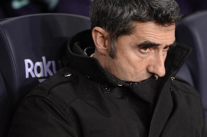 Ernesto Valverde, durante el partido de vuelta contra el Levante en el Camp Nou.