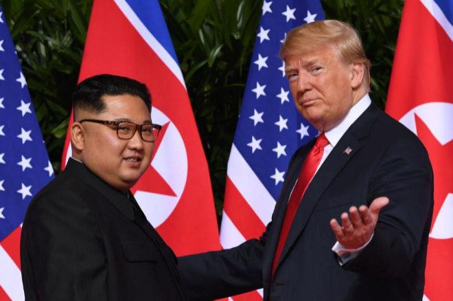Una imagen del encuentro del pasado junio en Singapur entre Kim Jong-un y Donald Trump.
