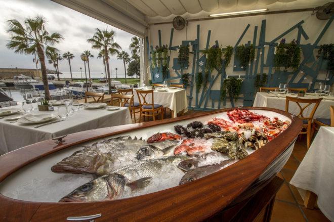 Interior del restaurante 'El Hogar del Pescador' en Villajoyosa .