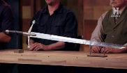 El jurado de 'Forjado a fuego' valora una de las espadas forjadas por...