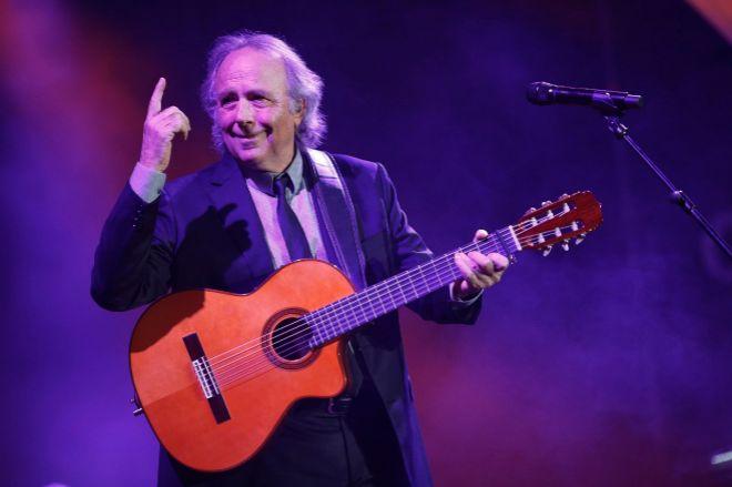 El músico catalán Joan Manuel Serrat, en uno de sus conciertos.