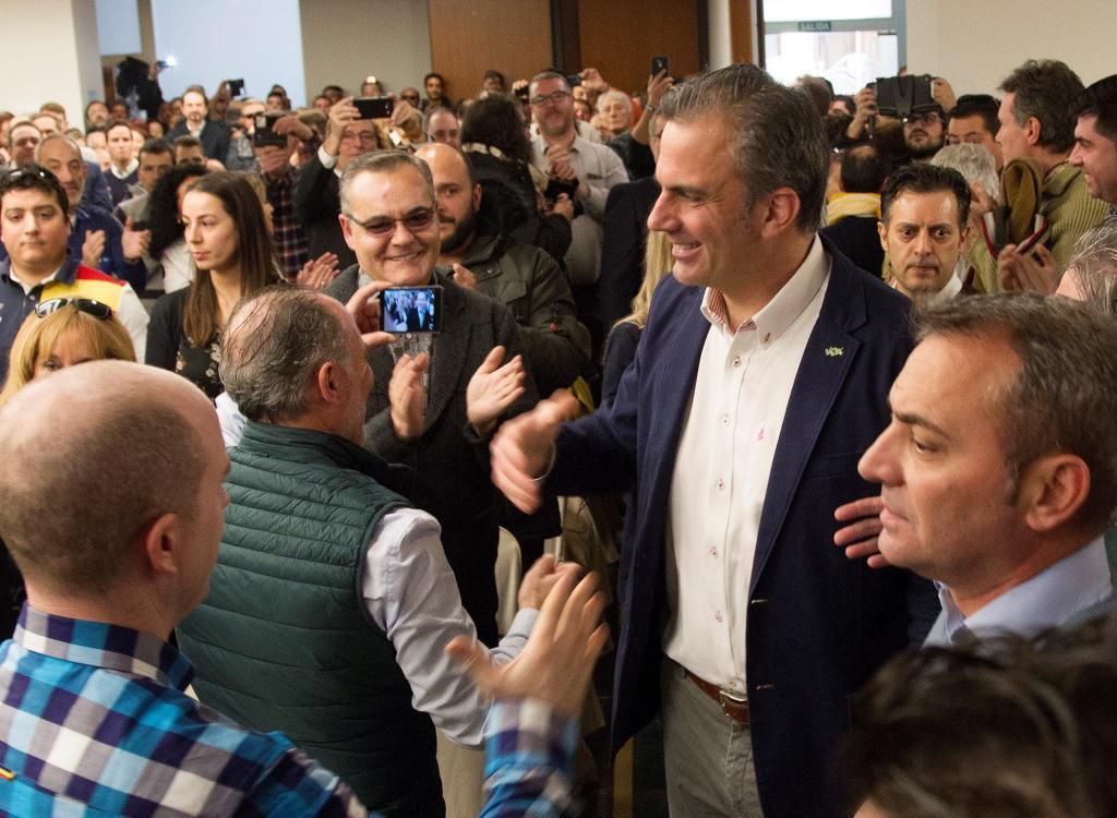 El secretario general de Vox, Javier Ortega Smith, participa en un acto en Zamora.