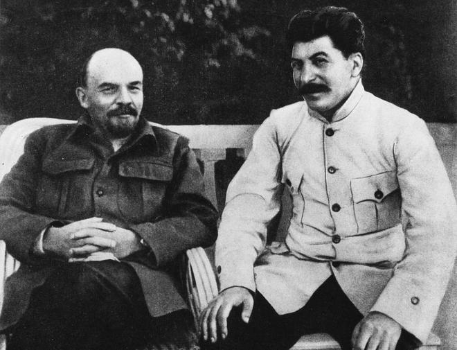 Lenin y Stalin, en Gorky (hoy, Nizni Nóvgorod), en 1922.